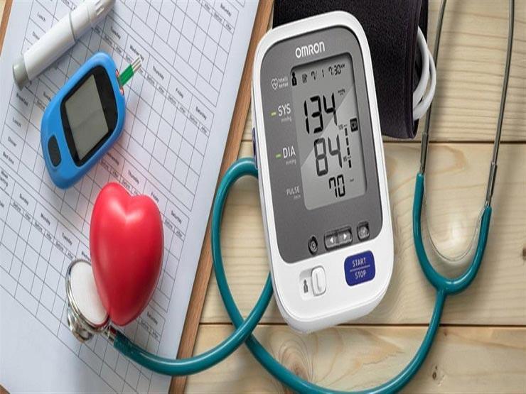 أبرزها الأوميجا 3.. أطعمة مذهلة تنظم ضغط وسكر الدم (صور)