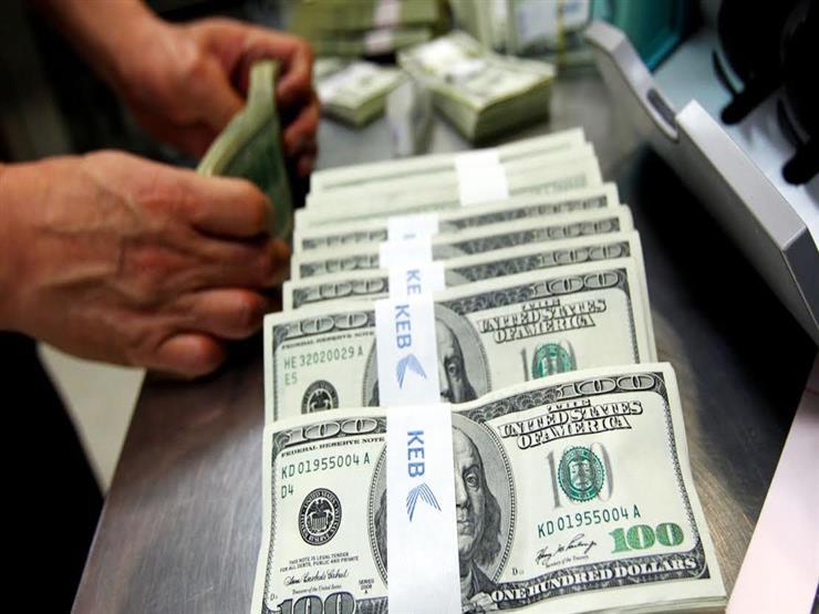 كيف تطورت أسعار الدولار في البنوك خلال النصف الأول من أكتوبر؟ (جراف تفاعلي)