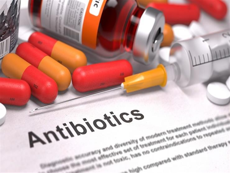 قد تسبب نوبات قلبية.. دراسة تكشف تأثير المضادات الحيوية ضد كورونا