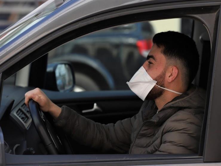 3 حالات فقط يجب فيها ارتداء الكمامة في سيارتك الخاصة