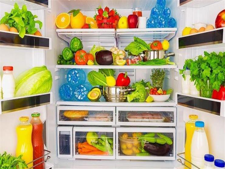 إليك مدة صلاحية الطعام والترتيب الصحيح له على أرفف الثلاجة