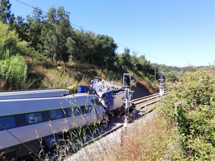 البرتغال.. مقتل شخصين وإصابة سبعة بجروح خطيرة في حادث قطار