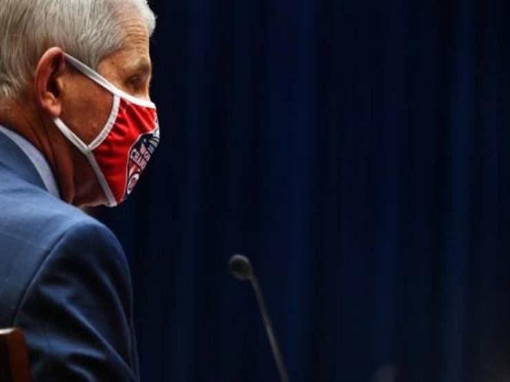 فوتشي يشكك في اللقاحات الروسية والصينية ضد كورونا