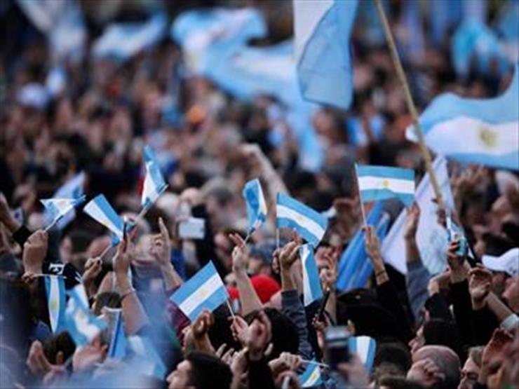 آلاف الأرجنتينيين يتظاهرون ضد إجراءات الحجر لمواجهة كورونا