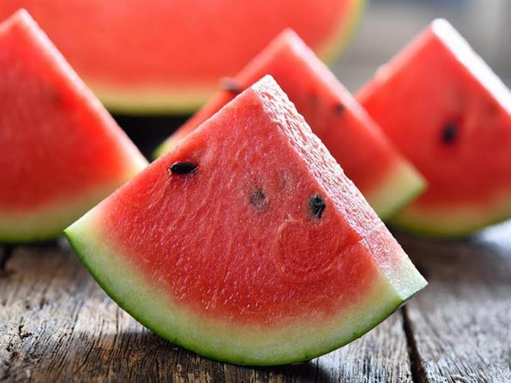 هل البطيخ يرفع السكر إليكم