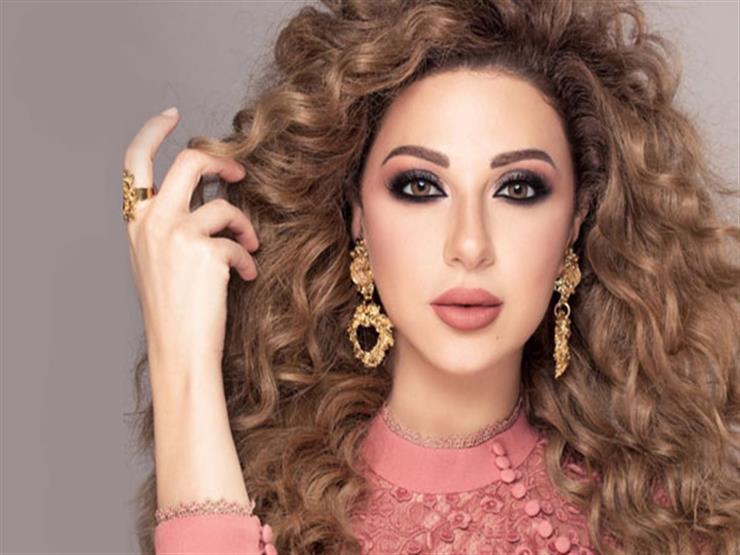 ميريام فارس تنشر فيديو بصحبة نجلها في شوارع بيروت