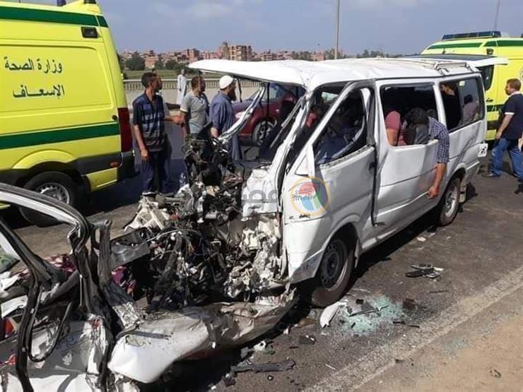 إصابة 9 أشخاص في حادث تصادم بسوهاج