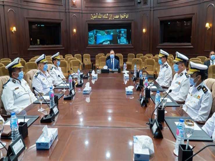 مجلس الشيوخ 2020| وزير الداخلية يتابع مع مساعديه تأمين الانتخابات