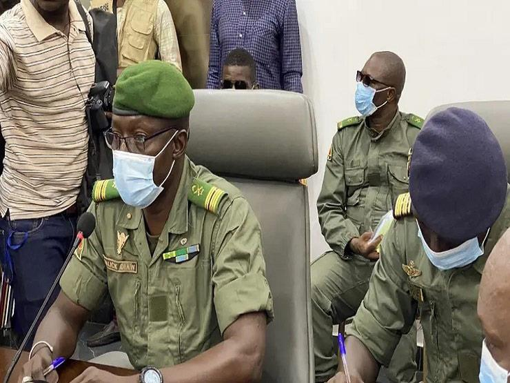"""بعد تهديد """"إيكواس"""".. المجلس العسكري في مالي يبدأ العمل على انتقال السلطة"""