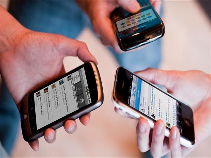 ترفع سرعة الإنترنت.. ماذا يعني طرح ترددات جديدة على شركات المحمول؟