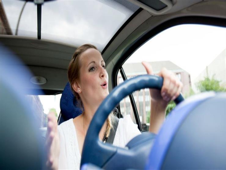لهذه الأسباب.. خبراء يحذرون من قيادة السيارات تحت تأثير الأدوية