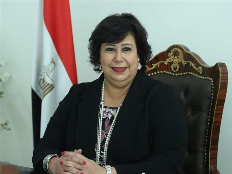وزيرة الثقافة: حريصون على إقامة معرض القاهرة للكتاب وسط إجراءات احترازية