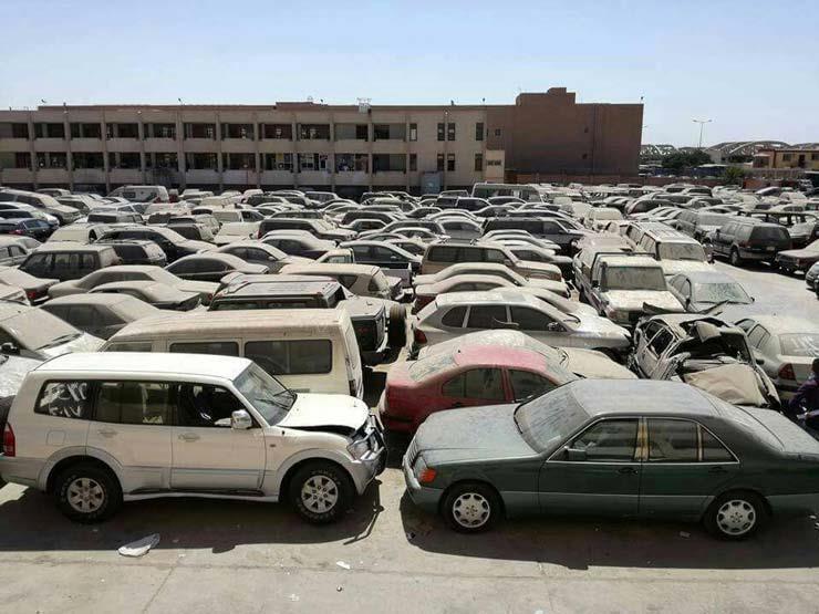صورة الخدمات الحكومية تعلن عن مزاد لبيع سيارات تابعة للمخابرات ال