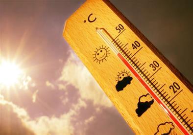 انفوجراف- 6 طرق غير تقليدية للتغلب على حرارة الجو