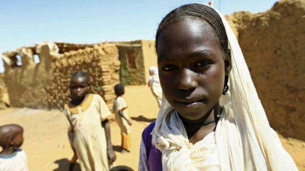 الاقتصاد السوداني تضرر كثيرا منذ انفصال جنوب السودان، وهو ما أثر على حياة 2الناس
