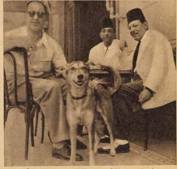 نجيب الريحاني وأصدقاءه مع ريتا