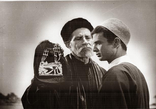 أحمد مرعي وشفيق نور الدين في فيلم المومياء