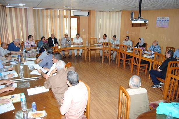 لجنة لاختيار عميد كلية الزراعة  (1)