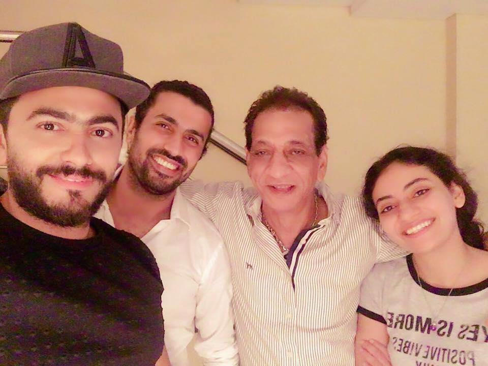تامر حسني ومحمد سامي ومحمد السبكي وابنته