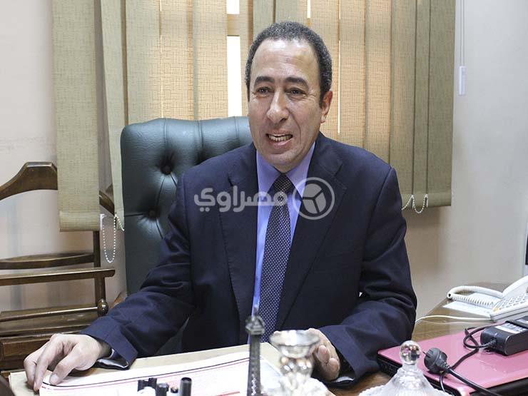 الدكتور عمرو مصطفى  (2)