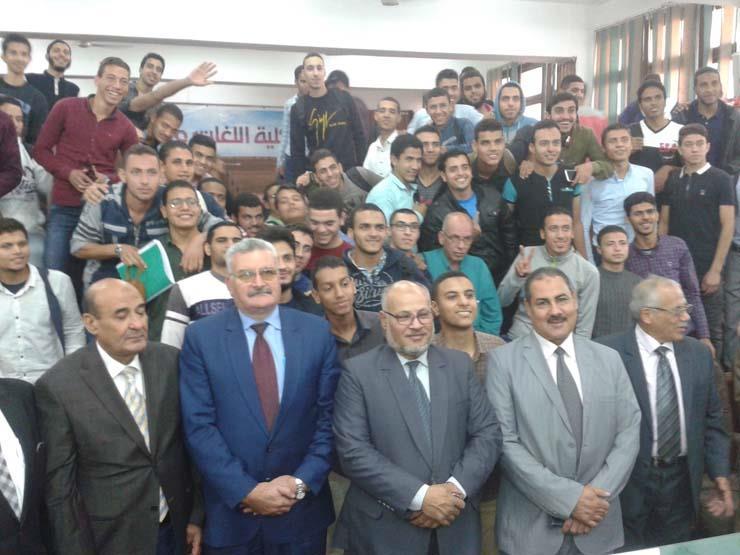 رئيس جامعة الأزهر الأسبق في ندوة لغات وترجمة1