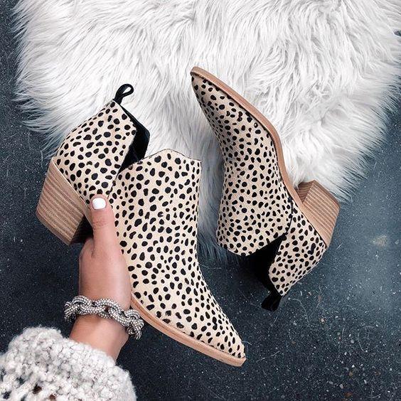 557c23b16 بالصور- التايجر وجلد الثعبان.. أحدث صيحات الأحذية النسائية ل   مصراوى