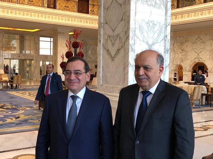 وزير البترول خلال لقائه مع نظيره العراقي في الكويت (1)