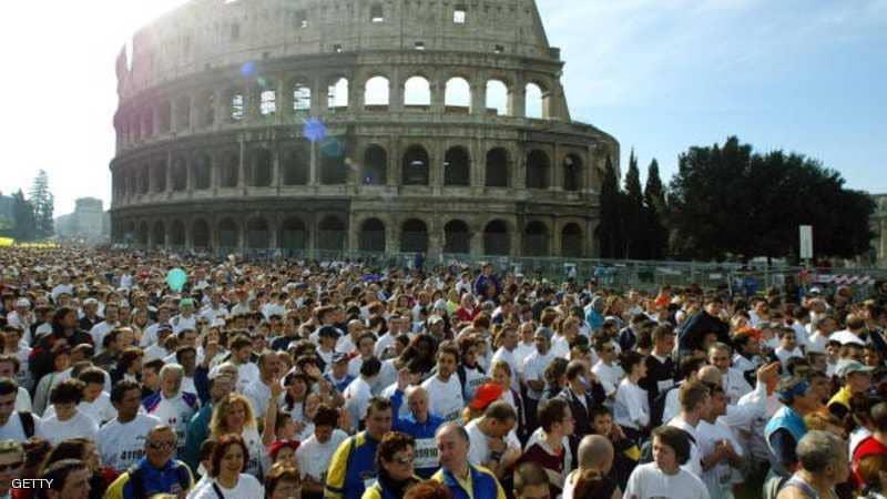 1. مدرج الكولسيوم الروماني الشهير في العاصمة الإيطالية روما.