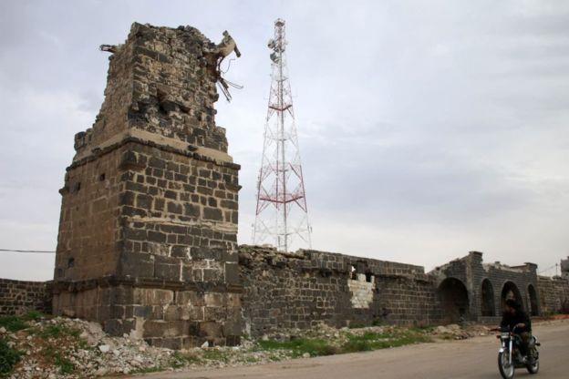 بقايا جامع العمري الذي كان مركز الاحتجاجات في بدايات الأزمة السوية