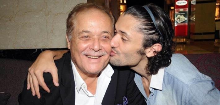 كريم مع والده