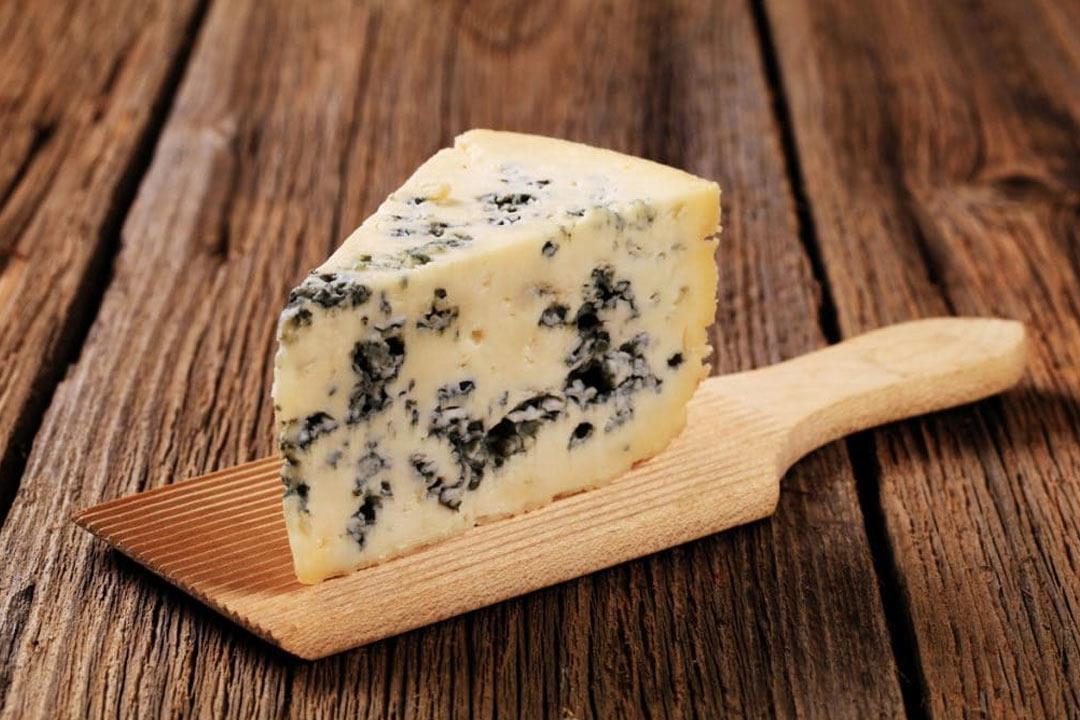 rouqfort-cheese