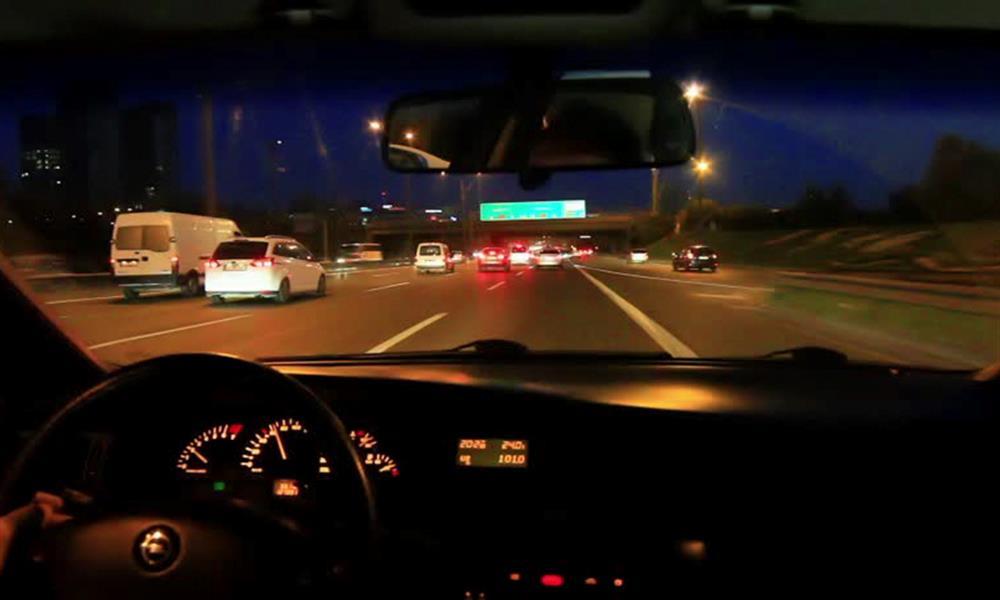 القيادة ليلًا