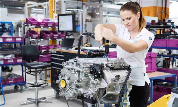 محرك كهربائي جديد خصيصاً لـ BMWiX3