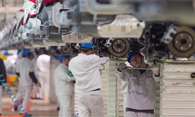 فيروس كرونا وصناعة السيارات