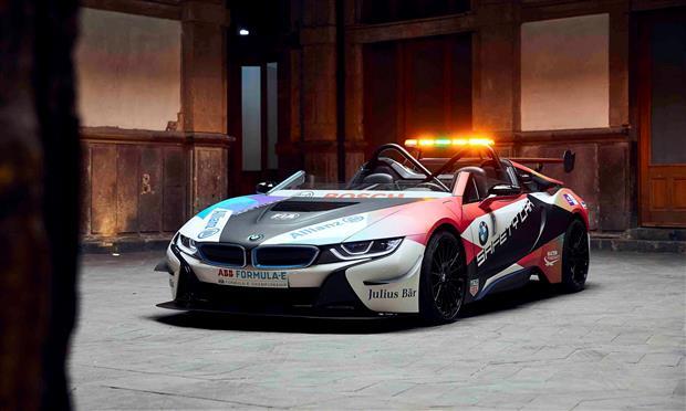 BMW الشريك الرسمي لبطولة فورمولا الكهربائية