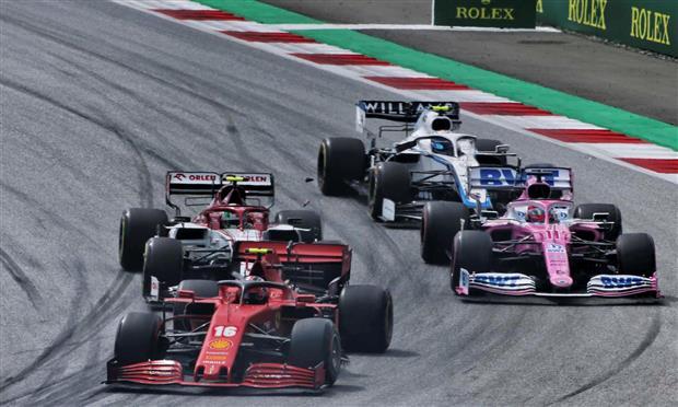 فريق رينو بالفورمولا-١ يتهم «ريسينج بوينت» باقتباس قنوات الفرامل من سيارات مرسيدس