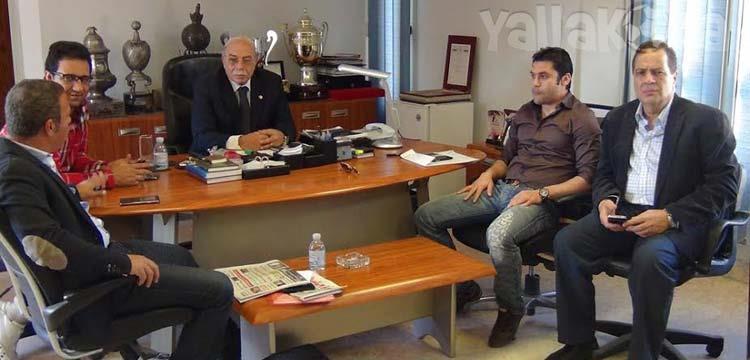 أحمد حسن في الجلسة مع مسئولي الزمالك