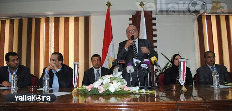 كمال درويش في المؤتمر الصحفي