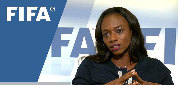 ايشا جوناثان رئيسة اتحاد سيراليون لكرة القدم
