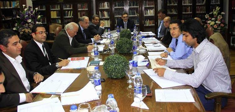 صورة من أول اجتماع مجلس إدارة الأهلي الجديد