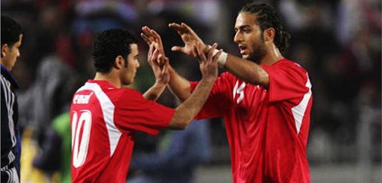 ميدو مع متعب في صورة أرشيفية بقميص المنتخب المصري