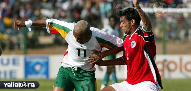 صورة من مواجهة السنغال مع مصر عام 2002