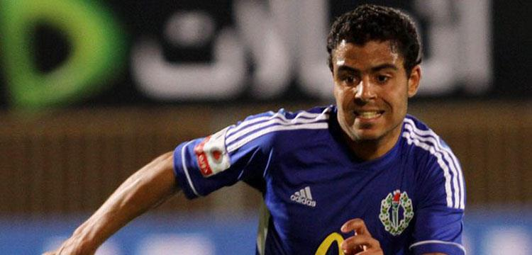 إبراهيم عبد الخالق لاعب فريق سموحة