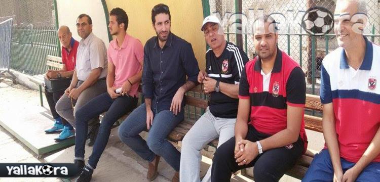 محمد أبو تريكة في احدى زياراته للنادي الأهلي