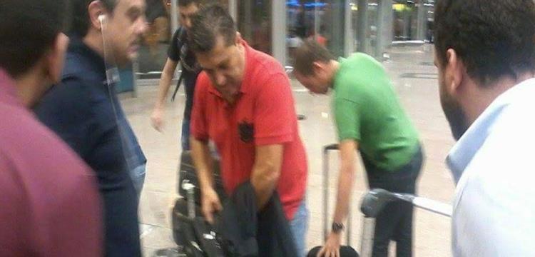 بيسيرو في مطار القاهرة