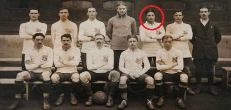 حسين حجازي مع فريقه الانجليزي