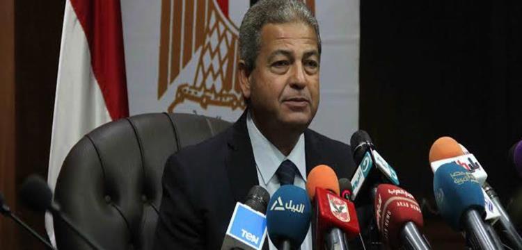 خالد عبد العزيز وزير الشباب والرياضة المصري