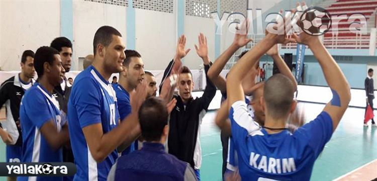 لاعبو سموحة في مباراة الأهلي بني غازي