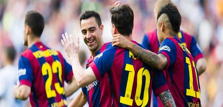 لاعبو برشلونة يفقدون رافينيا لستة أشهر