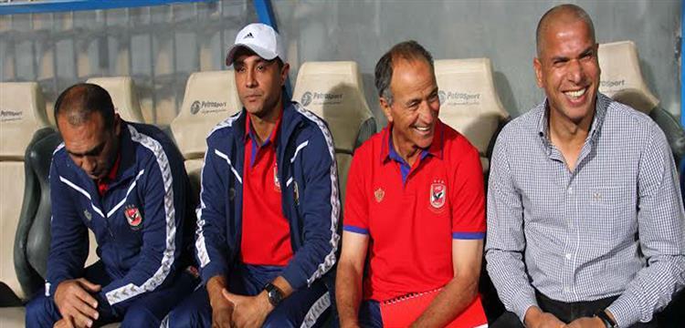 وائل جمعة مدير الكرة في الأهلي
